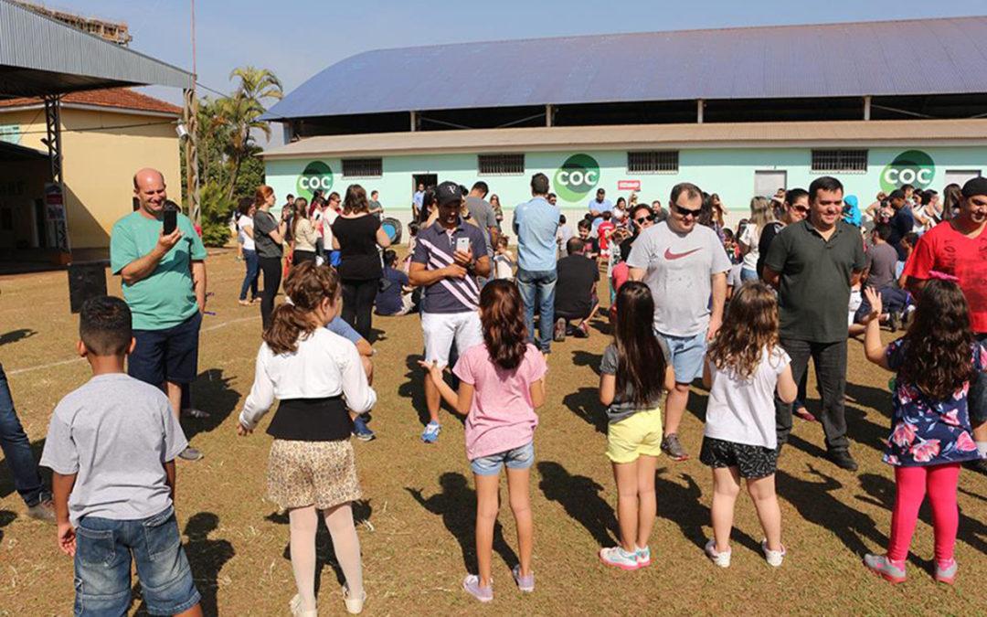 Comemoração do Dia dos pais na escola COC Araraquara