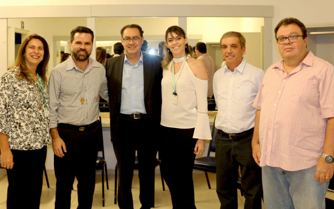 lançamento do programa escola da inteligência no COC Araraquara
